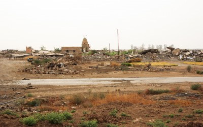 After consecrating towns and villages of civilians, the Islamic state usually destroys all houses and buildings that refer to local culture, except mosques. That's why jihadists want society to only live radical Islam, near Mosul, Iraq (Iraqi Kurdistan).